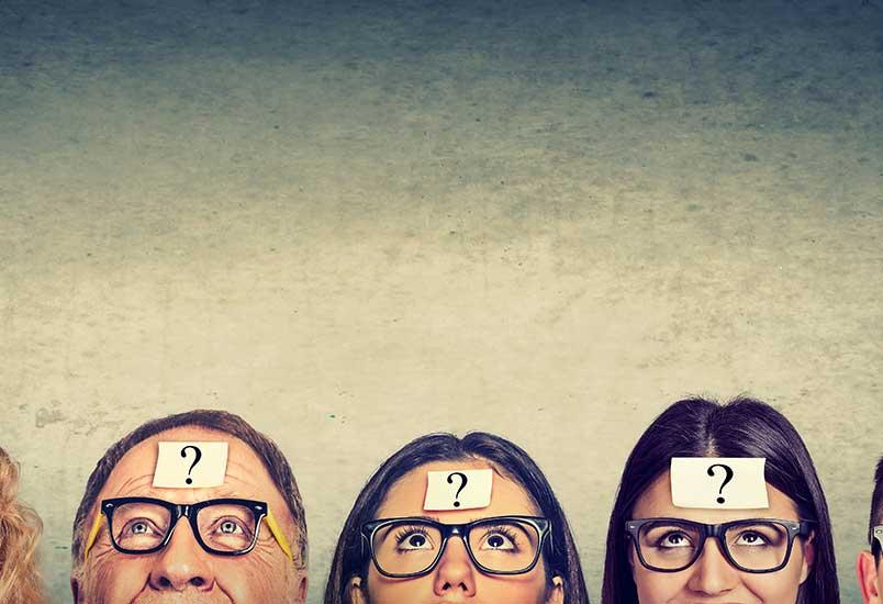 many-people-thinking